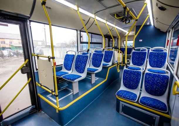 В Чебоксарах пассажиров общественного транспорта обязали носить маски